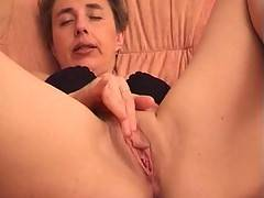 Mature housewife Barbara needs extra lube to get this huge black dildo in her pussy