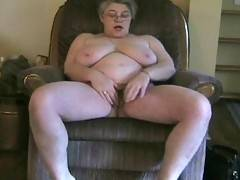 Sexy Ddew the Girdlegoddess just got home from a long day at work Tired and with sore feet she needs some attention Strong hands to massage her feet and legs Hands to slide up her skirt and find her wet spot It look like she will be taking the matter into